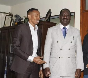Jicho pevu Mohammed Ali endorses Raila Odinga for presidency