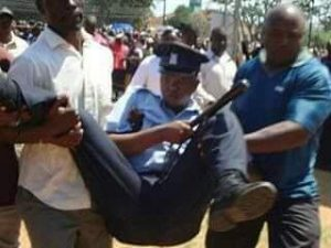 KISUMU PROTESTERS SAVE POLICE OFFICER INJURED DURING DEMONSTRATIONS